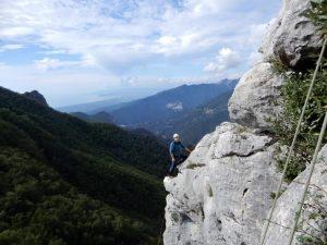 APPENNINO PARMENSE///  Falesia FOCE DI COMPITO: camminata e arrampicata